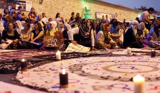 Taksim-meydanı-barış-noktası