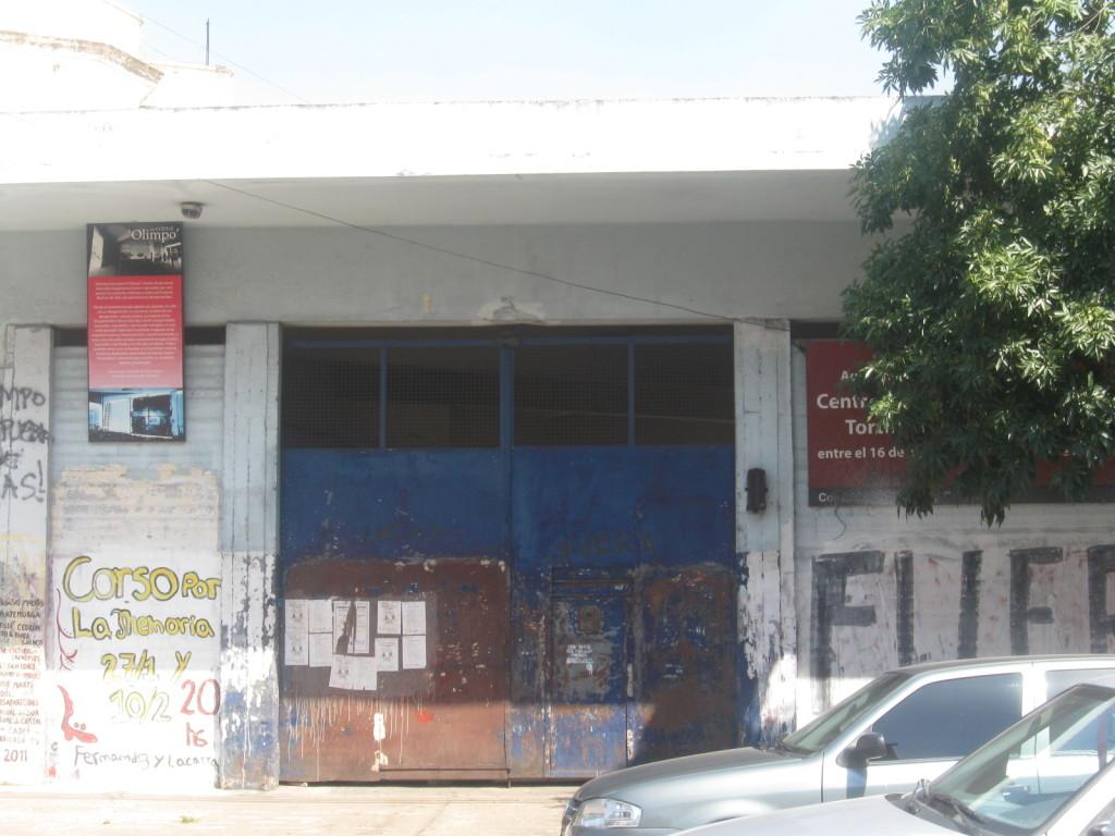 Olimpo Merkezi'nin cephesi