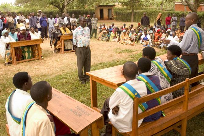 Rwanda'daki Gacaca mahkemesi. Foto: Elisa Finocchiaro