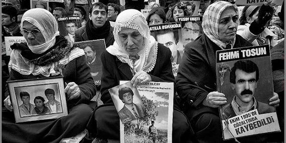 page_dinle-turkiye-kocasi-kaybedilen-kadinlar-yasadiklarini-anlatiyor_644179481